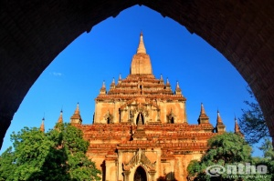 Bagan temple in framing - 2