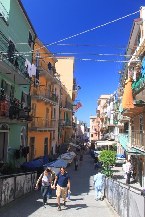 Jalan kaki di Cinque Terre