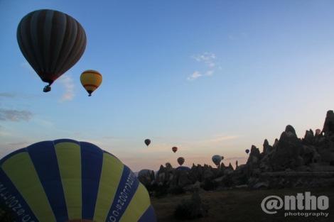 Pemandangan sambil menunggu balon dikembungkan